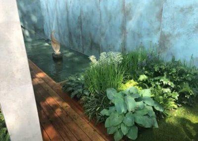 Gardengigs - MORGAN STANLEY GARDEN Chelsea Flower Show Pond